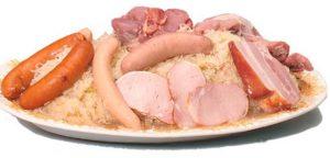 Repas familial « choucroute », organisé par le clocher  de Salaise sur Sanne