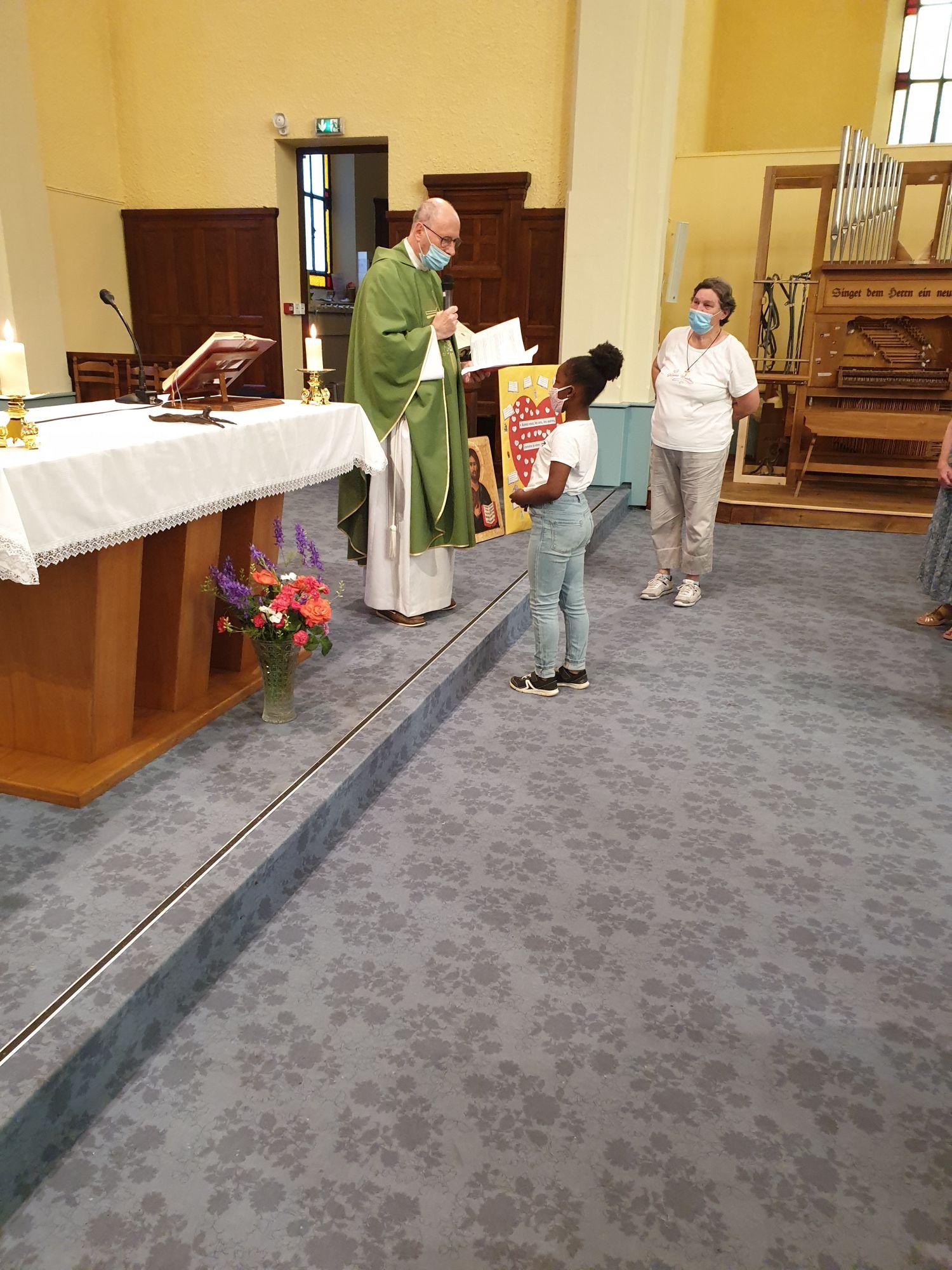 Leyla 1ere étape vers le baptême